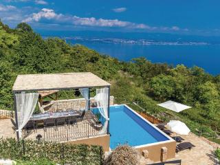 5 bedroom Villa in Opatija-Moscenicka Draga, Opatija, Croatia : ref 2302976 - Moscenicka Draga vacation rentals