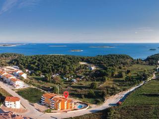 9 bedroom Villa in Premantura, Premantura, Croatia : ref 2303188 - Premantura vacation rentals