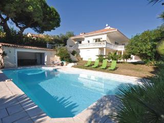 4 bedroom Villa in Golfe Juan, Alpes Maritimes, France : ref 2303476 - Golfe-Juan Vallauris vacation rentals