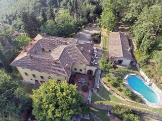 10 bedroom Villa in La Contea, Florence Surroundings, Italy : ref 2303577 - Londa vacation rentals
