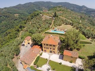 5 bedroom Villa in Massa e Cozzile, Montecatini / Pistoia And Surroundings - Massa e Cozzile vacation rentals