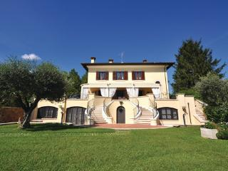 8 bedroom Villa in Civita Castellana, Latium Countryside, Italy : ref 2303831 - Civita Castellana vacation rentals