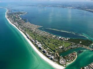Perfect Townhouse with Internet Access and A/C - Longboat Key vacation rentals