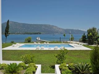 3 bedroom Villa in Dassia, Corfu, Greece : ref 2307466 - Kato Korakiana vacation rentals