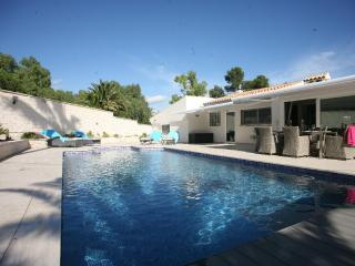 Villa in Alfaz Del Pi, Alicante, Costa Blanca, Spain - L'Alfas del Pi vacation rentals