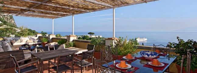 3 bedroom Villa in Capri, Amalfi Coast, Italy : ref 2307538 - Image 1 - Capri - rentals