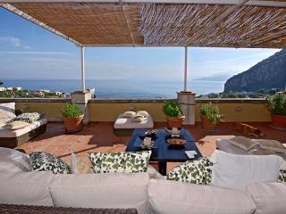 3 bedroom Villa in Capri, Amalfi Coast, Italy : ref 2307538 - Capri vacation rentals