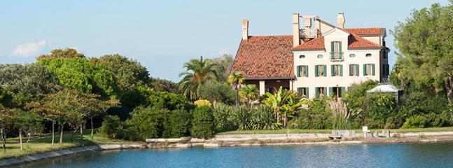 9 bedroom Villa in Venice, Venice, Italy : ref 2307820 - Image 1 - Venice - rentals