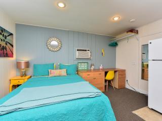 Siesta Beach-style Efficiency A - Siesta Key vacation rentals