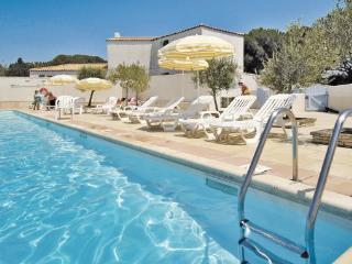1 bedroom Villa in Ile de Re, Poitou charentes, Charente Maritime, France : ref - La Flotte vacation rentals