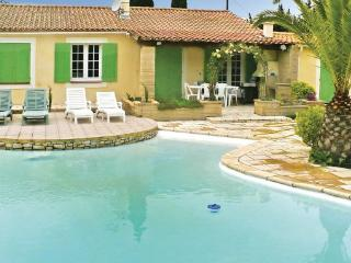3 bedroom Villa in Avignon, Provence drOme ardEche, Bouches-du-rhone, France - Saint Pierre de Mezoargues vacation rentals