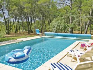 3 bedroom Villa in Pernes Les Fontaines, Provence DrOme ArdEche, Vaucluse - La Roque sur Pernes vacation rentals