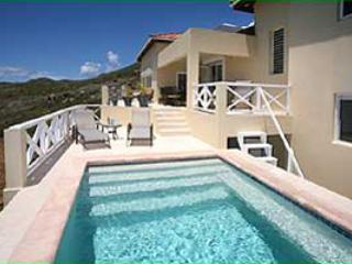 Short Drive to Dawn Beach & Restaurants, Private Pool, Ideal for Couples & Families - Image 1 - Dawn Beach - rentals