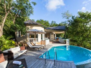 Cozy 2 bedroom Villa in Five Islands Village - Five Islands Village vacation rentals