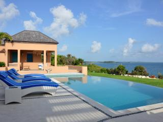 Lovely 3 bedroom Villa in Long Bay with Internet Access - Long Bay vacation rentals
