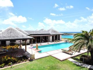 4 bedroom Villa with Internet Access in Long Bay - Long Bay vacation rentals