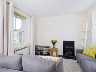 Sunny House in Malpas with DVD Player, sleeps 4 - Malpas vacation rentals