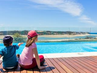 Casa do Lago villa-family friendly-12 sleeps-5 Bdr - Foz do Arelho vacation rentals