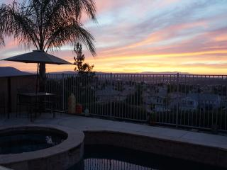 5 BEDROOM POOL HOME, GOLF, WINERIES & MUCH MORE... - Temecula vacation rentals
