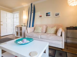Beach Getaway Steps To The Sand! With Parking! - Marina del Rey vacation rentals