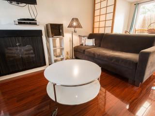 peaceful and convenient santa monica - Santa Monica vacation rentals