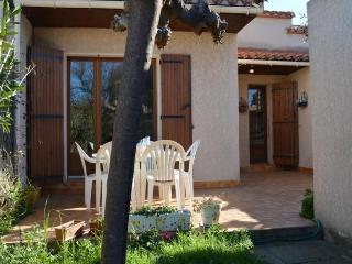 SAINT CYPRIEN - 6 pers, 70 m2, - Saint-Cyprien vacation rentals