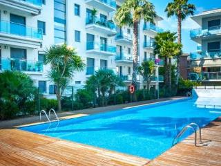 Appartament T3 piscine, parking a 100 metres plage - Lloret de Mar vacation rentals