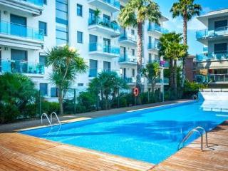 A 5 min de plage appartement T3 piscine+parking - Lloret de Mar vacation rentals