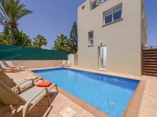 PREVIL05 - 3 bed villa with pool in Pernera - Protaras vacation rentals