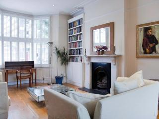A Personal Touch - London vacation rentals