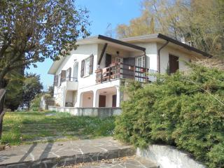 Villa  con eccezionale vista lago - Salò vacation rentals