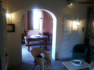 Rental house in the centre of this Chianti village - Castellina In Chianti vacation rentals