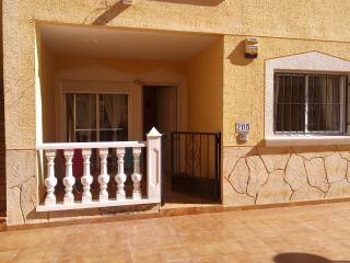 2 bedroom Apartment with A/C in Formentera Del Segura - Formentera Del Segura vacation rentals
