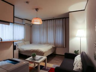 2.Shijo 3min! Kyoto 4min!3ppl!mWiFi - Kyoto vacation rentals