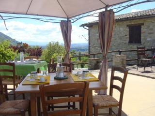 Agriturismo alla Valle del Falco - Gubbio vacation rentals