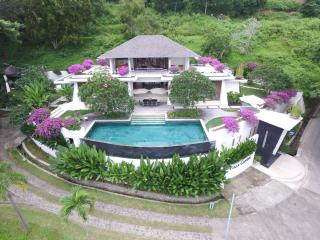 Secluded 3-Bedroom Luxury Villa - Batu Layar vacation rentals