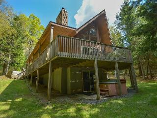 Lovely 4 bedroom home in tranquil serene neighborhood! - Swanton vacation rentals