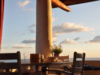Charming panoramic indipendent villa - Malfa vacation rentals