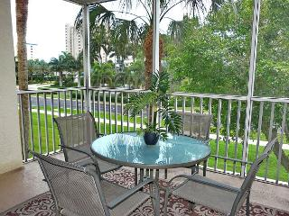 Peaceful garden condo w/ heated pool across the street from South Beach - Marco Island vacation rentals