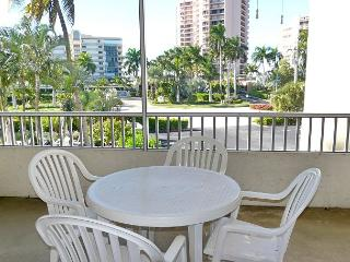 Paradise across the street from the beach - Marco Island vacation rentals