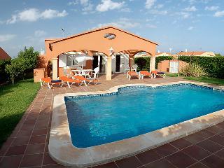Lovely 3 bedroom Cala'n Bosch Villa with A/C - Cala'n Bosch vacation rentals