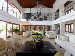 Casa de Campo 903-Beautiful 6 bedroom villa with pool - perfect for families and groups - La Romana vacation rentals