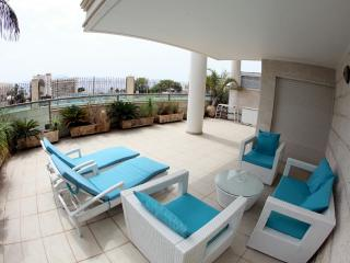 Holiday Home, beautiful complex opp the sea - Eilat vacation rentals