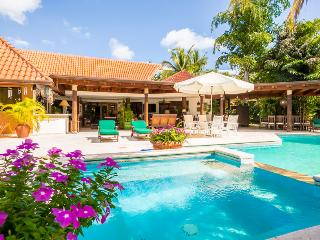 Casa de Campo 2719-Beautiful 4 bedroom villa with pool - perfect for families and groups - La Romana vacation rentals