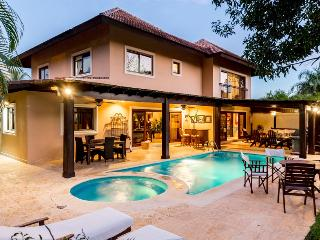 Casa de Campo 5102-Beautiful 4 bedroom villa with pool - perfect for families and groups - La Romana vacation rentals