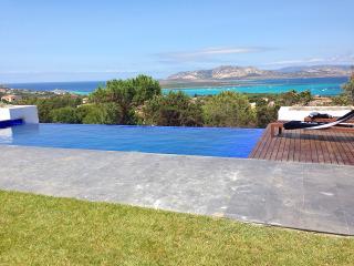 Villa Nora - Stintino - REF. 0053 - Villasimius vacation rentals