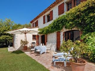 Villa in Chateauneuf De Grasse, Cote D Azur, France - Chateauneuf de Grasse vacation rentals