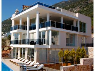 5 bedroom Villa in Kalkan, Mediterranean Coast, Turkey : ref 2022540 - Kalkan vacation rentals