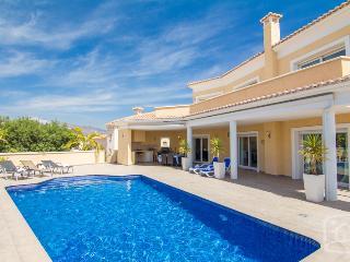 3 bedroom Villa in Calpe, Costa Blanca, Spain : ref 2031791 - Calpe vacation rentals