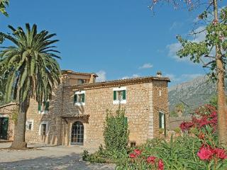 4 bedroom Villa in Soller, Balearic Islands, Mallorca : ref 2036541 - Biniaraix vacation rentals